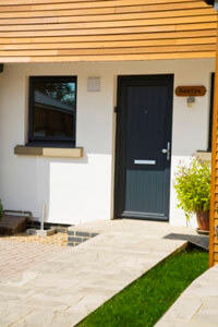 Door installation with Markwell